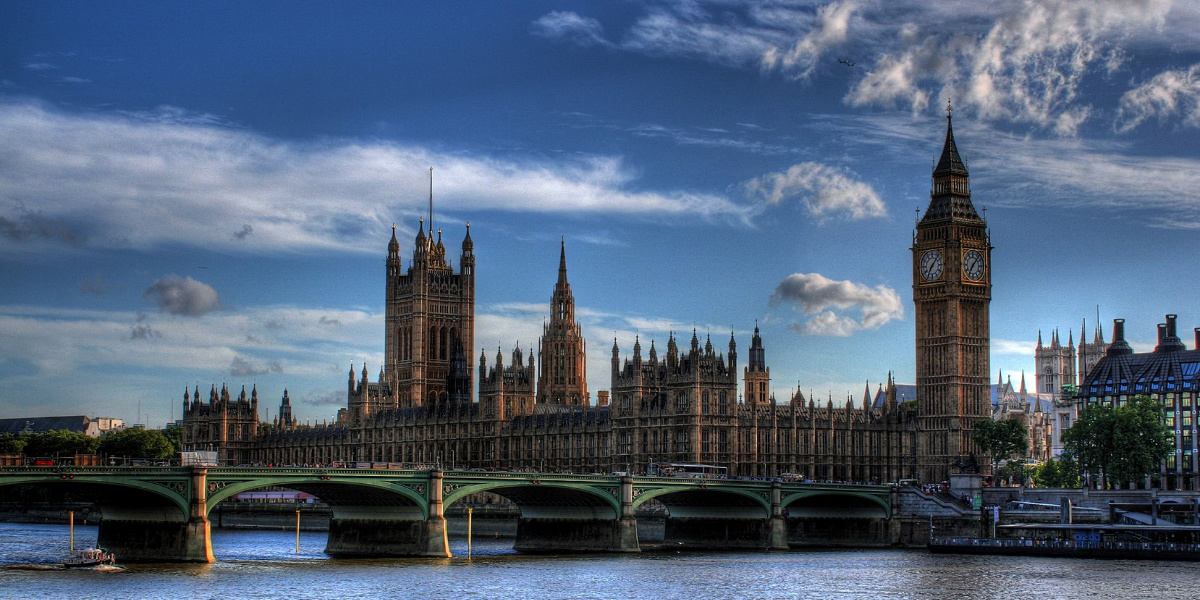 Photo of the the Houses of Parliament over the river
