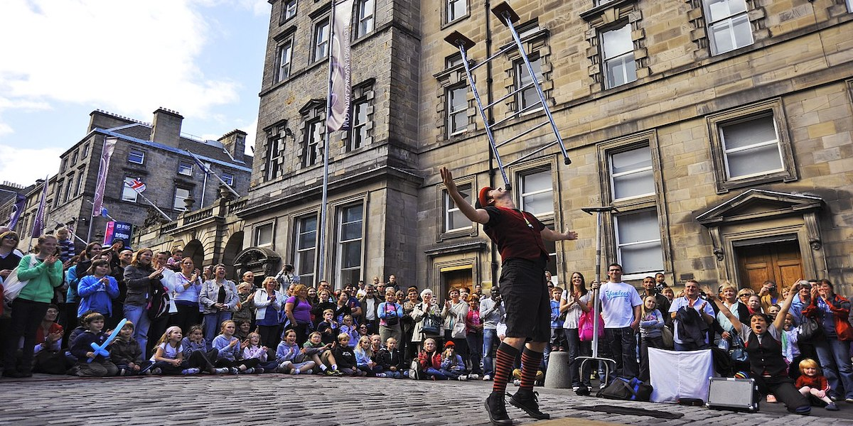 Edinburgh street artists perform in Edinburgh on the last weekend of the Edinburgh Festival Fringe 2009. This year saw a record number of acts perform representing the best dance, theatre and comedy.