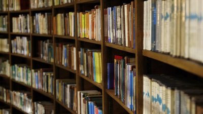 """""""Books of Knowledge Picton Library Liverpool"""" by Terry Kearney is marked with CC0 1.0"""