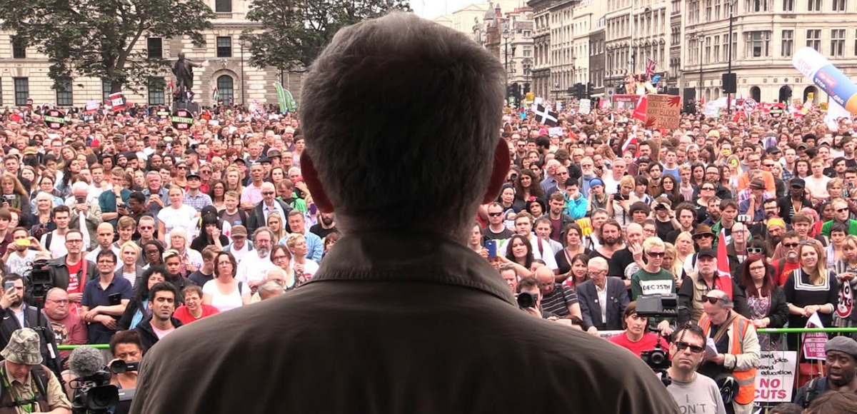 corbyn crowd